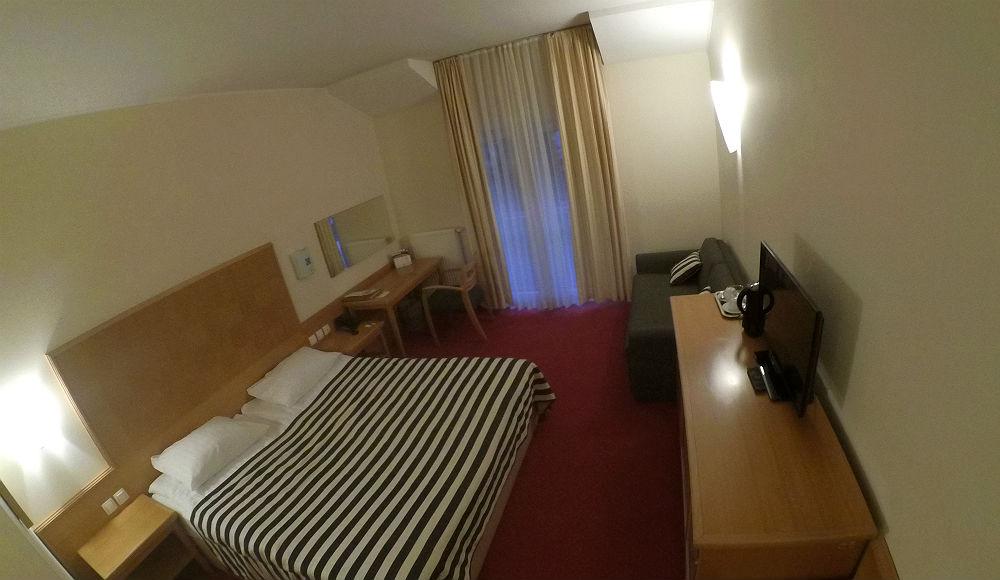 Soba sa francuskim ležajem